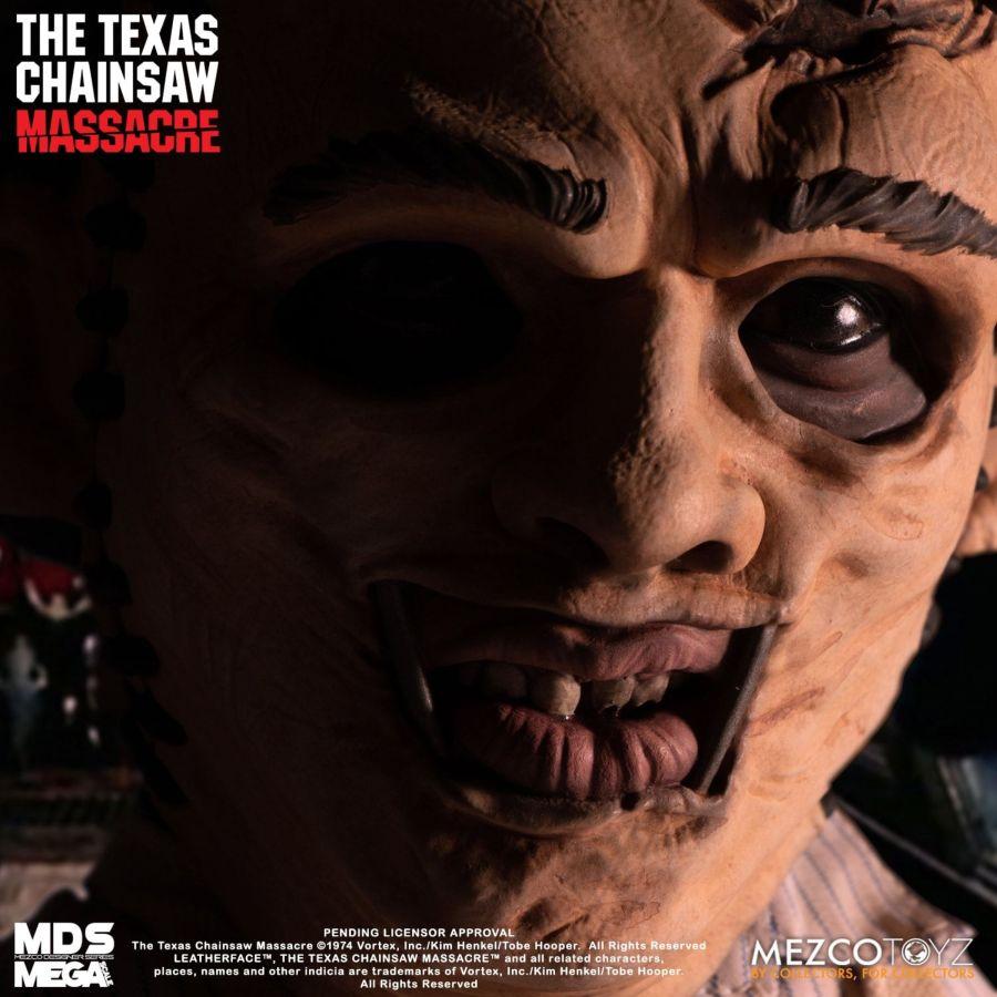 MEZ25401--Texas-Chainsaw-Leatherface-Mega-Figure